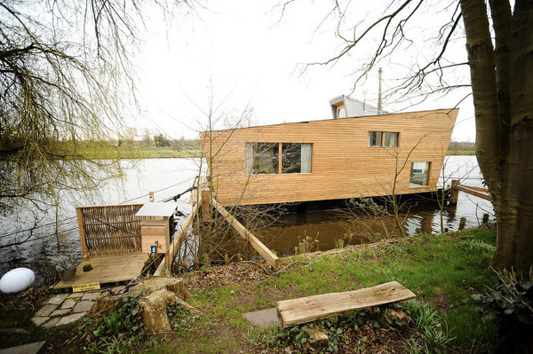 Casa flotante guatape