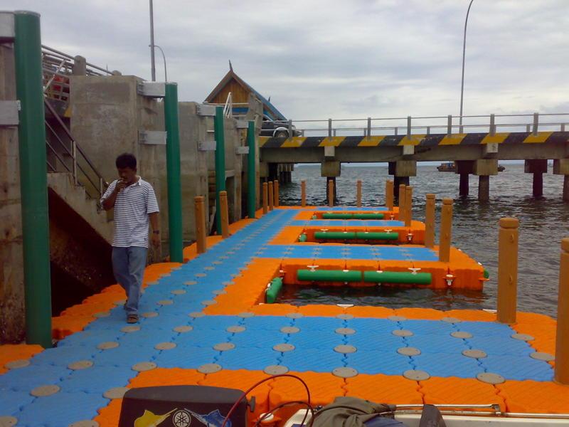 Muelles flotantes modulares lanchas