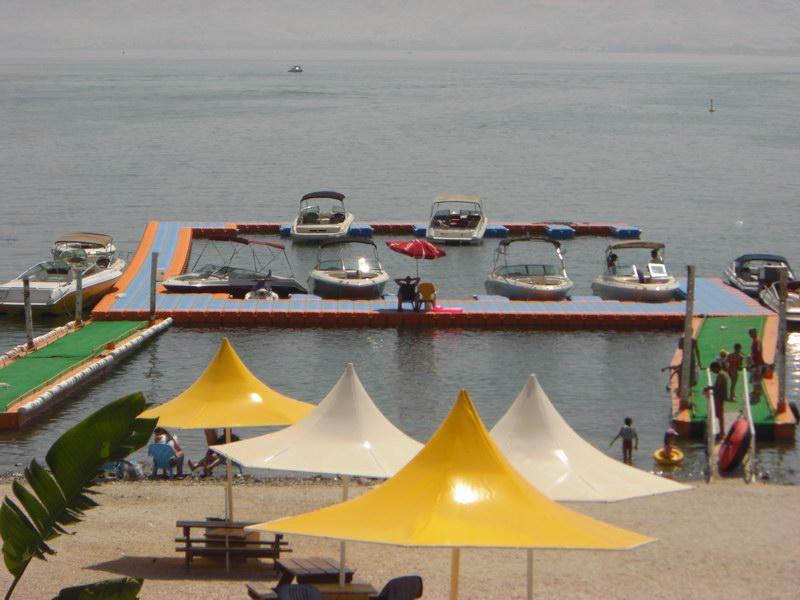 Muelles flotantes modulares recreacion