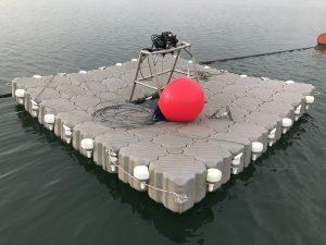 sumergimiento-muertos-de-concreto-solar-flotante